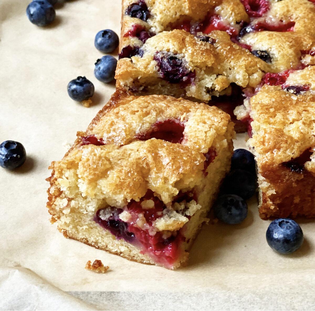 One Bowl Mixed Berry Snack Cake Recipe   Jessie Sheehan Bakes